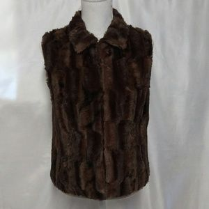 Cejon Women's Brown/Black Faux Fur Vest
